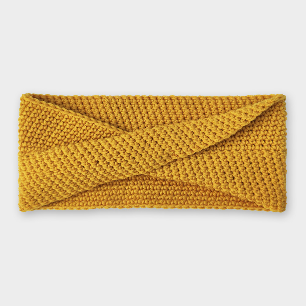 Čelenka - Zlatá překroucená